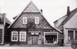 """-202- Das Haus Blömer, später Beiderhase """"Pöttken Willi"""""""