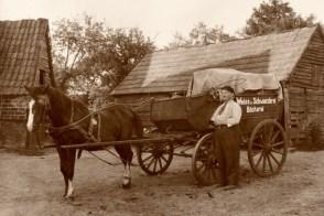 -74- das mit diesem Pferdefuhrwerk zur Kundschaft gebracht wurde.