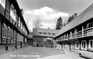 -32- Innenhof