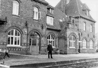 Hausfeld, Foto Quill, 5. November 1964