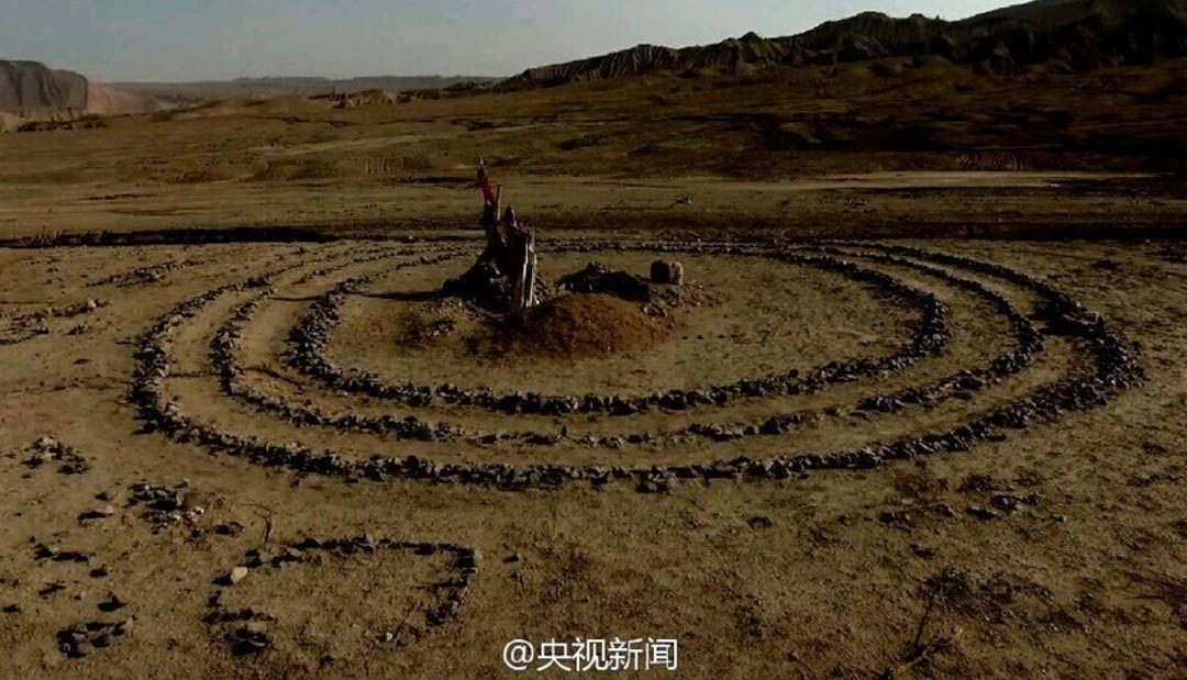 Mysterious Stone Circles of Turpan Basin May be Bronze Age Sacrificial Sites to Solar Deity