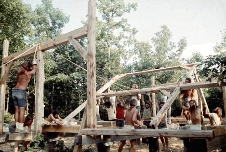 hippie-commune0the-farm-4