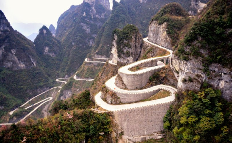 Road To Tianmen Mountains