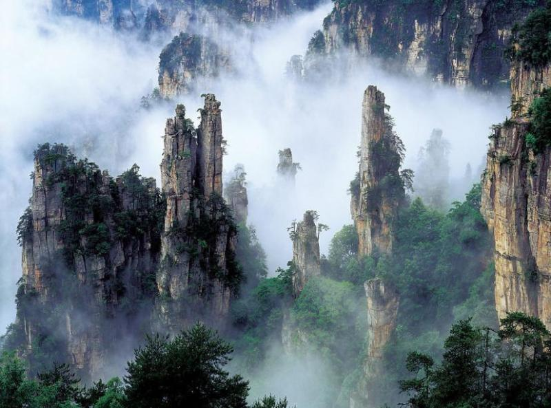 chinas-floating-mountains10