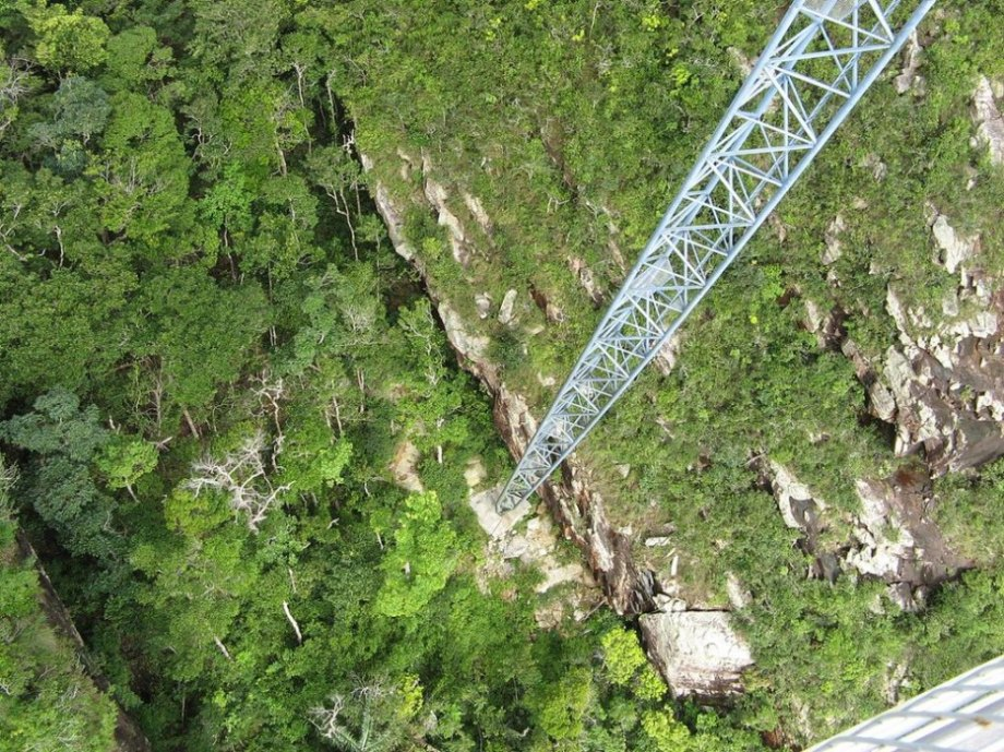 This skybridge in Malaysia is 410 feet long and 2,300 feet above sea level. It crosses over the picturesque peak of Gunung Mat Chinchang, a mountain on the island of Pulau Langkawi.