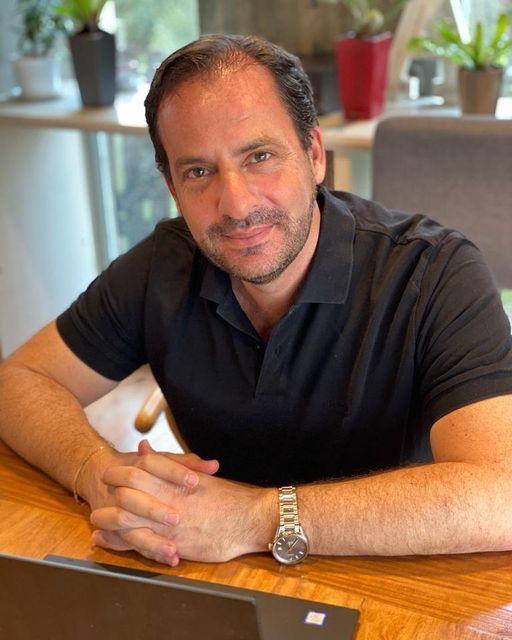 Dio negativo el hisopado del intendente Ariel Sujarchuk