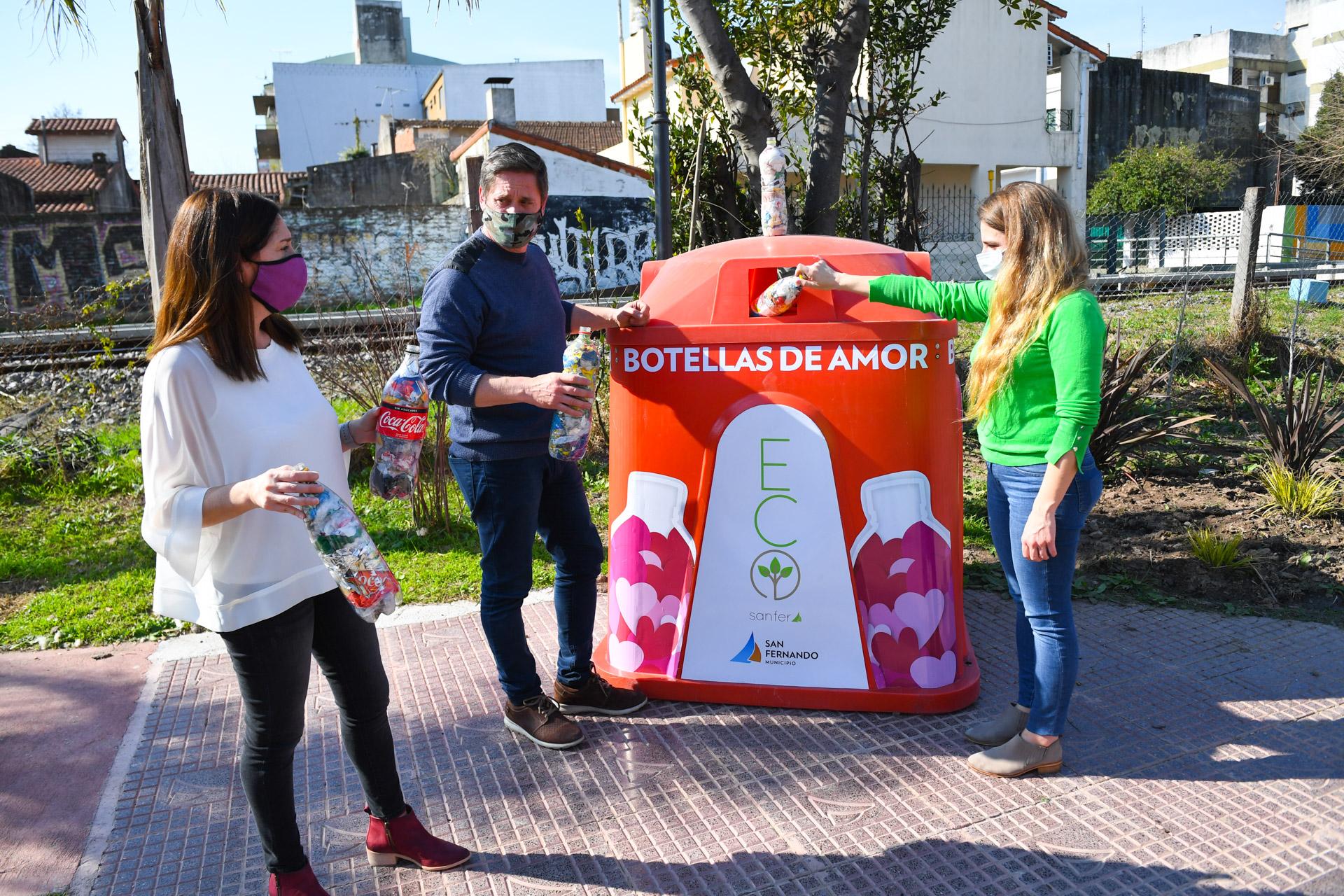 San Fernando instaló la primera campana de ´Botellas de Amor´ y ya recicló 4 mil kilos de residuos reciclables