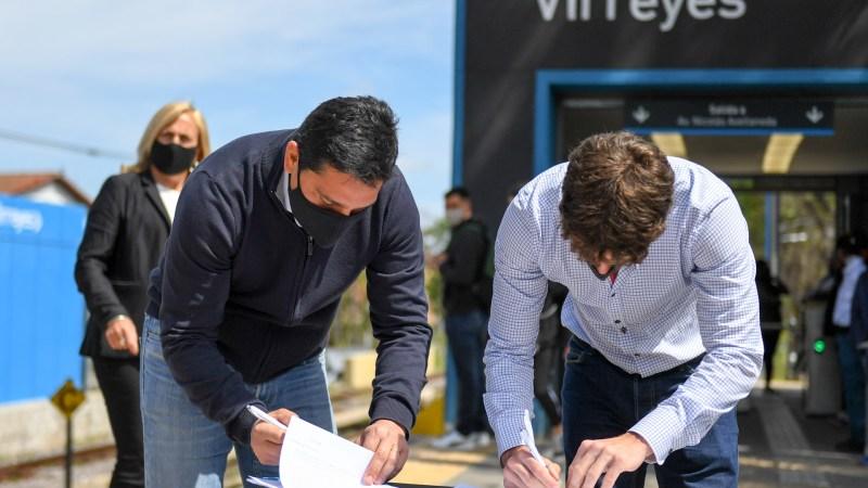 Juan Andreotti y Martín Marinucci presentaron una cámara térmica en la estación de tren Virreyes