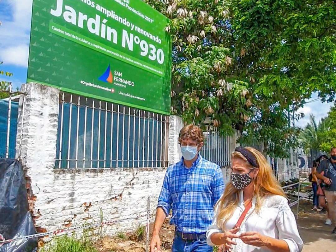 Juan Andreotti recorrió la obra de renovación del Jardín Nº 930 en el barrio Crisol