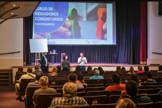 La Municipalidad de Escobar comenzó a dictar el curso de mediadores comunitarios para funcionarios de gobierno