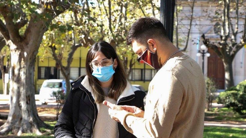 En Carmen de Areco , asesoran sobre inscripción a PROGRESAR y registro para la vacunación contra el Covid-19.