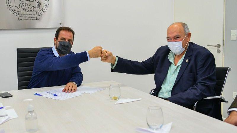 Ariel Sujarchuk promulgó la ordenanza para la construcción del primer parque solar en el distrito