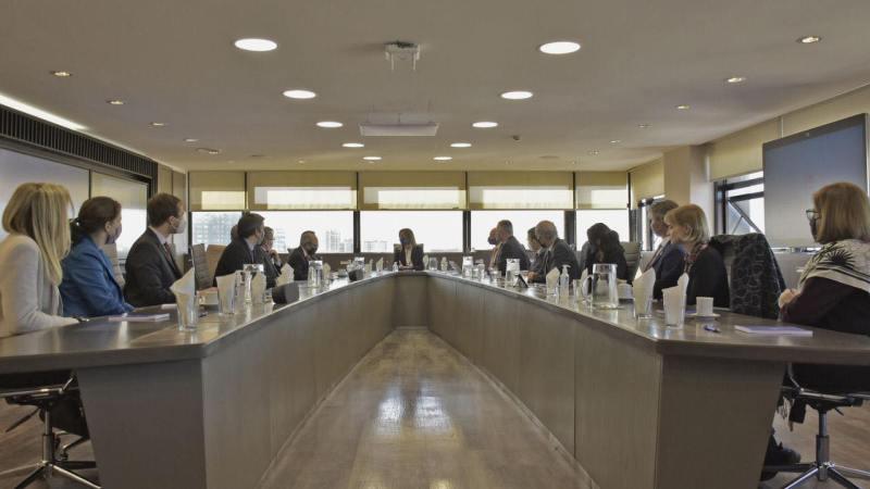 Malena Galmarini y autoridades de embajadas de todo el mundo se reunieron para trabajar en la agenda del futuro del agua y el saneamiento