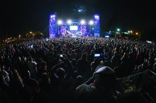 Fiesta Nacional de la Flor,  con el aumento del aforo se suman más localidades para los espectáculos en vivo