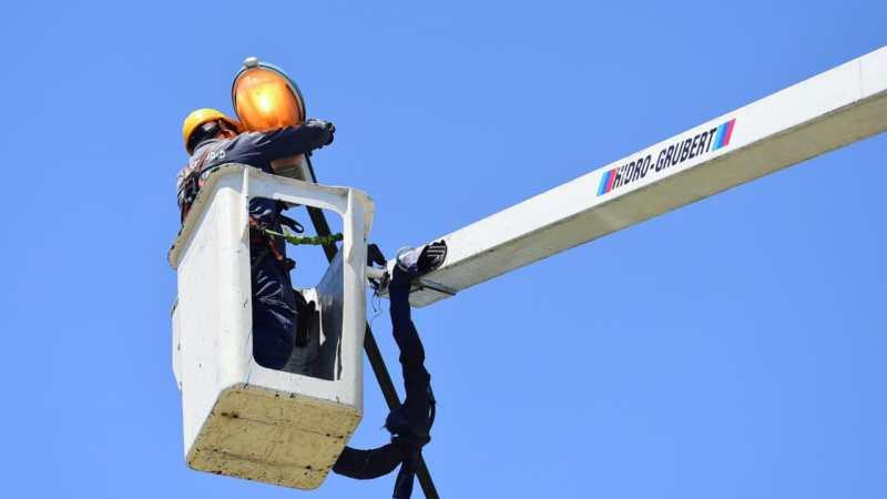 La Municipalidad de Escobar reparó 387 puntos de luz e instaló 46 equipos nuevos