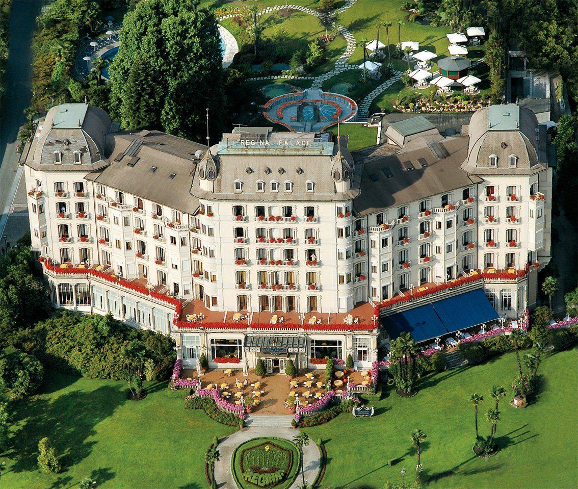 POLITICI E BANCHIERI RIUNITI PER PARLARE DI EUROPA E RIFORMA COSTITUZIONALE ALL'HOTEL EXTRA LUSSO DI STRESA SUL LAGO MAGGIORE