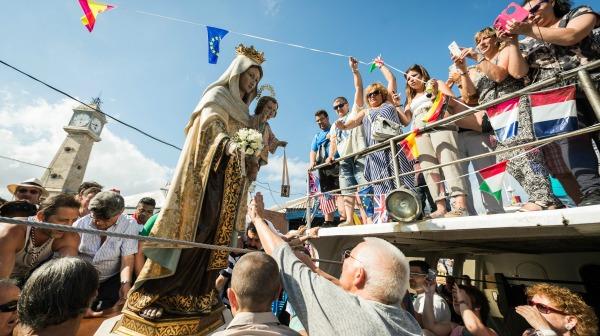 Procesion de la Virgen del Carmen