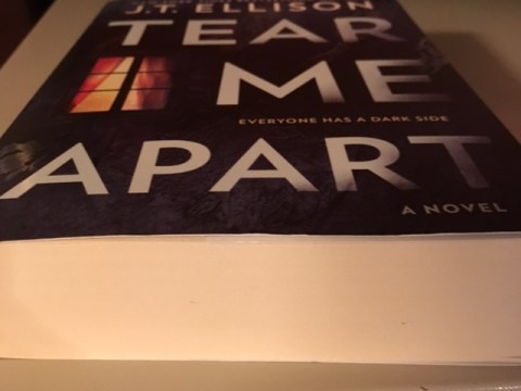 Tear Me Apart by J.T. Ellison | Alternative-Read.com