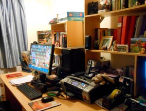 Hywela Lyn's Desk Wednesday on Alternative-Read