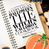 A Very Vegan Halloween: The Witch's Cauldron The Vegan Holiday #Cookbook Collection #1 by Rebecca Henry @rebeccahenryaut #HalloweenHop #Day17 #Review