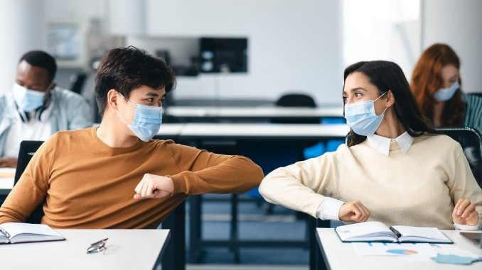 teens struggle with COVID-19