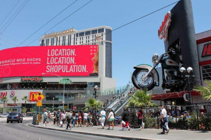 location-location-shopulation