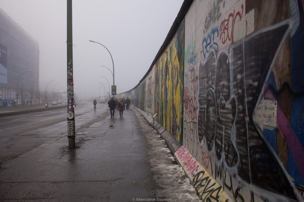 Berlin wall graffiti | AlternativeTravelers.com