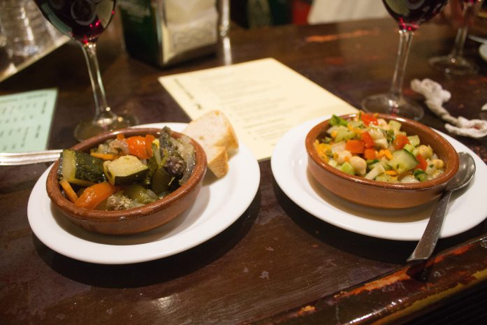 Guide to Vegan Tapas in Granada, Spain: Where to find the best vegan and vegetarian tapas in Granada!