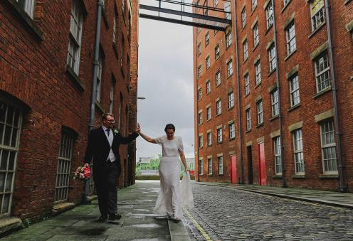ancoats-theatre-photography-manchester-wedding-photographer-embee-photography-best-photographer-northwest_stefanie-elrick-alternative-weddings-manchester-wedding-planner-27