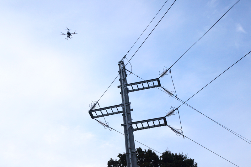 Power line pylon monitoring by drone