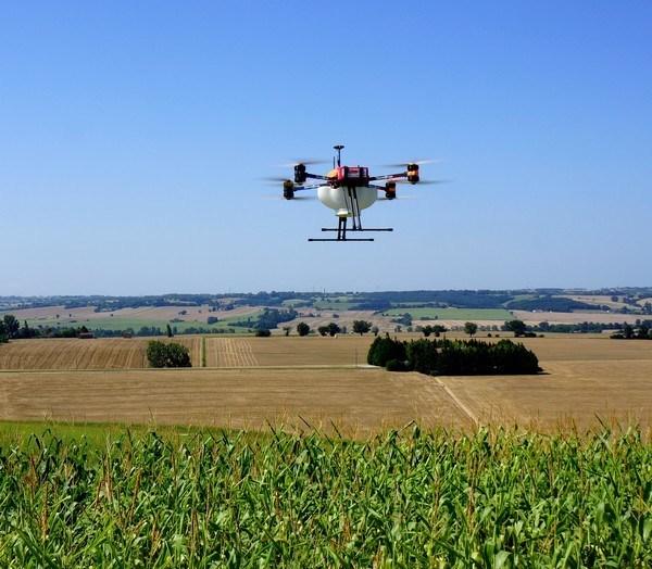 Drone agriculture de précision FOX trichogramme
