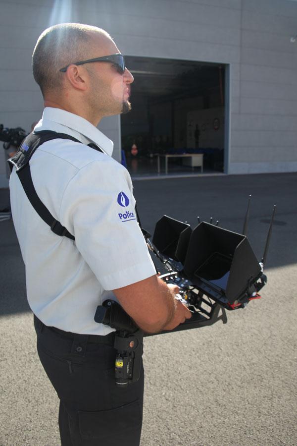 police drone opration 1 - Les drones: nouvel outil utilisé par les forces de Police