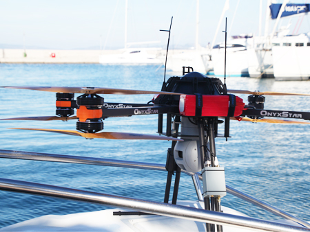 recherche et secours par drone sur bateau - Un drone pour secourir les migrants