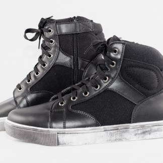 Sneaker motorcycle boot with Side Zipper entry
