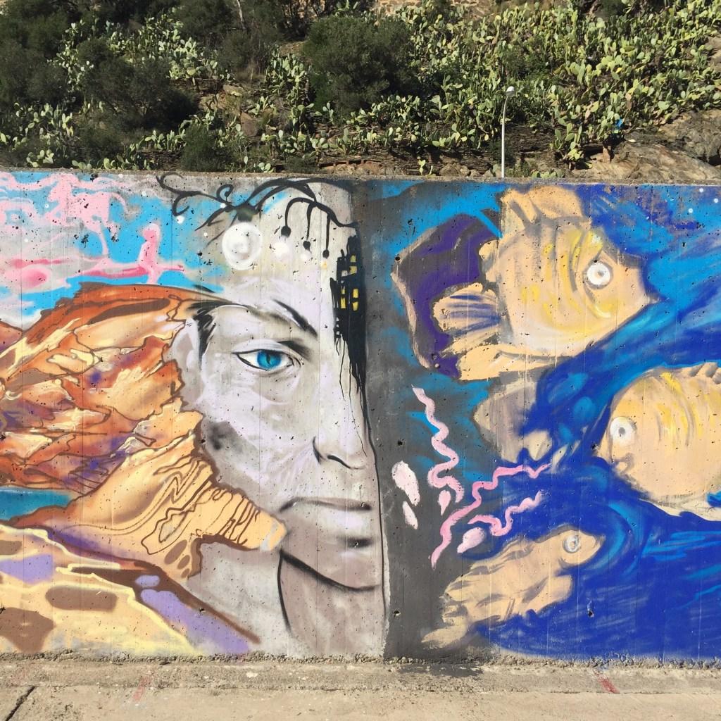 graffitis et street art a cadaques en espagne - catalogne