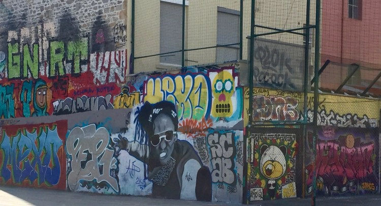 Graffitis & Blaze sur le Terrain de Basket - rue de Nuits - La Croix-Rousse Lyon