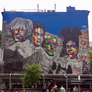 Hommage au Pop Art avec Andy Warhol, Keith Haring, jean-Michel Basquiat, Frida Kahlo - Eduardo Kobra - New York - Street Art blog Altinnov
