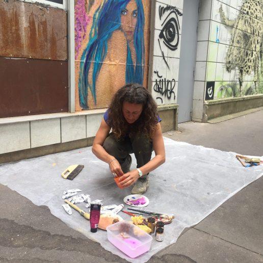 Sandie Carol street artiste dans les rues de Vitry sur Seine