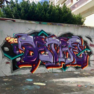 Beau Blaze réalisé par Astro célèbre graffeur et street artiste - Canal de l'Ourcq Paris