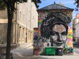 Portrait de Simone Veil érigée en Marianne avec bonnet phrygien par le Street Artiste Jo Di Bona