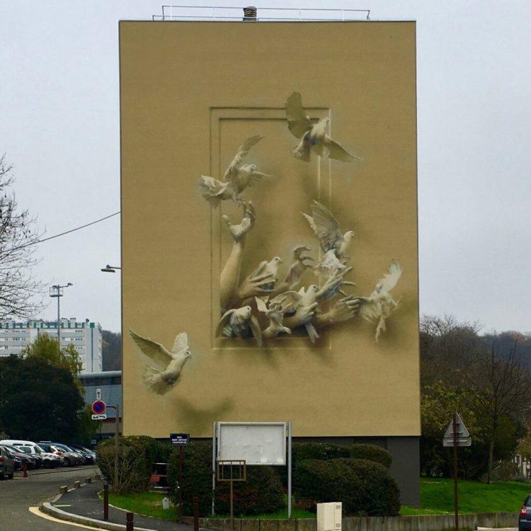 Fresque murale Monument réalisée par le Street Artiste Italien Eron pour le projet #1096 à Versailles