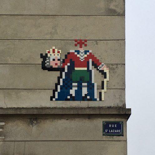 Invader Versailles - décaptitation du Roi