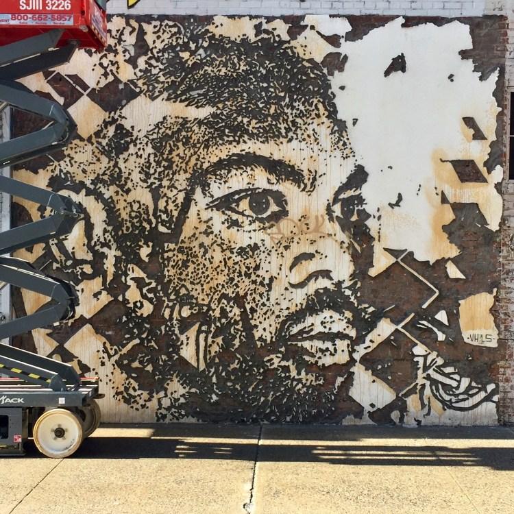 Street Artiste Vhils - Liitle Italy New-York