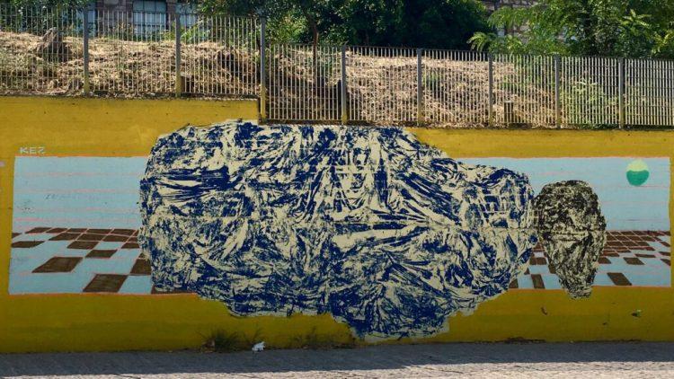 Oeuvre de street art réalisée par l'artiste Kez à Athènes