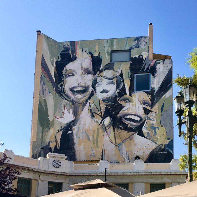 oeuvre Street Art de l'ariste Grec Alexandros Vasmoulakis dit Vasmou à Athènes