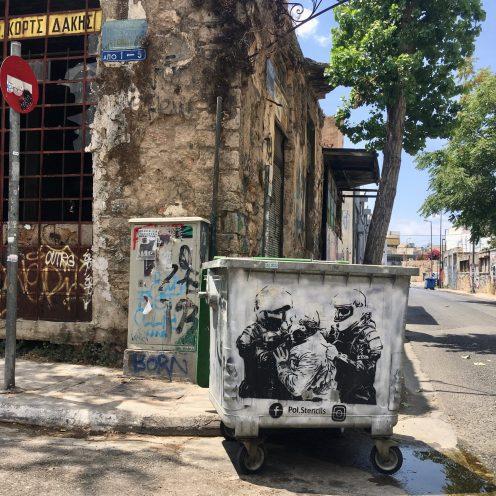 pol.stencil Street Art Athènes