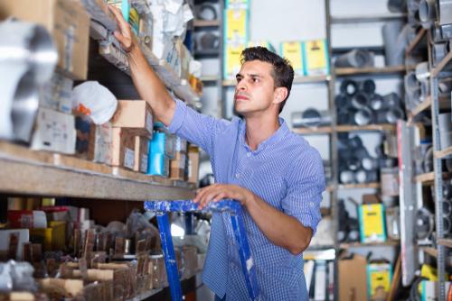 Merchandise Falling from Shelf Causes Traumatic Brain Injury -- Altizer Law PC
