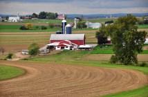 barn farm agrictulture