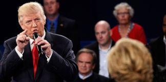 donald-trump-pointing-at-hillary-clinton
