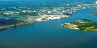 Mobile_Alabama_harbor_aerial_view